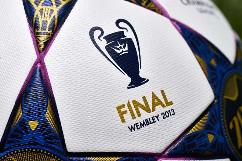 2013 Champions league final matchball